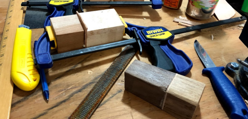 Carving A Knife Handle As A Winter Project